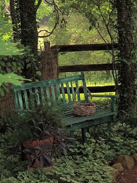 garden bench (375x500)